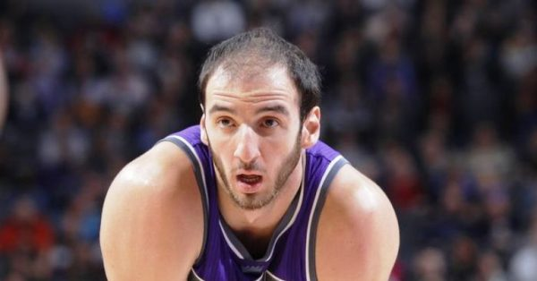 Kostas Koufos will stay with the Kings | Eurohoops