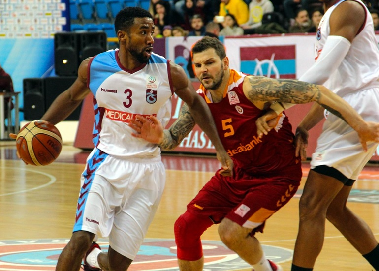 Road victory for Galatasaray against Trabzonspor | Eurohoops