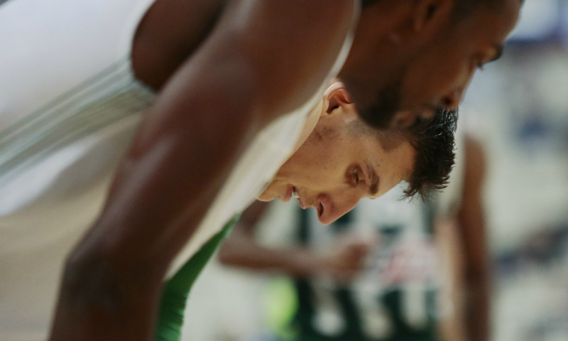 Μήτογλου: Ένα, δύο… έξι career-highs στη νίκη επί της Νταρουσάφακα! (video)