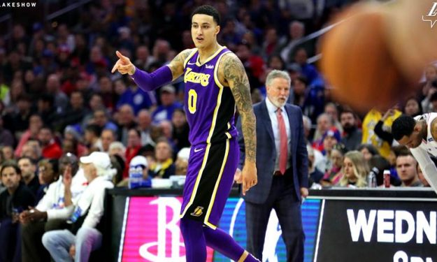 Lakers' Kyle Kuzma out indefinitely with foot injury