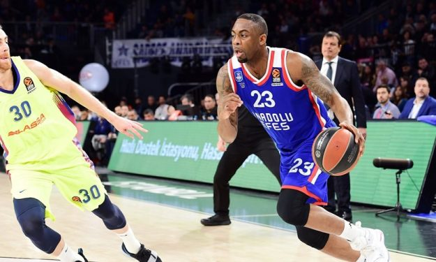 Anadolu Efes keeps James Anderson | Eurohoops