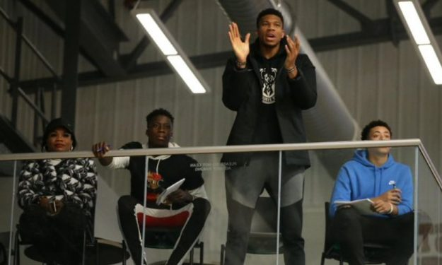giannis-support