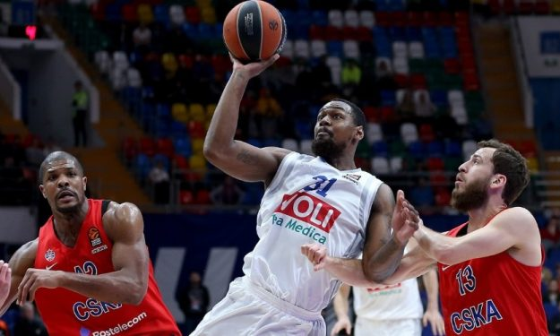 Happy Casa Brindisi, in arrivo James Bell