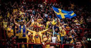 sweden_crowd