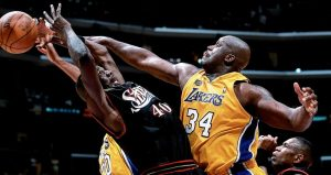 shaquille_oneal_lakers_sixers_finals_2001