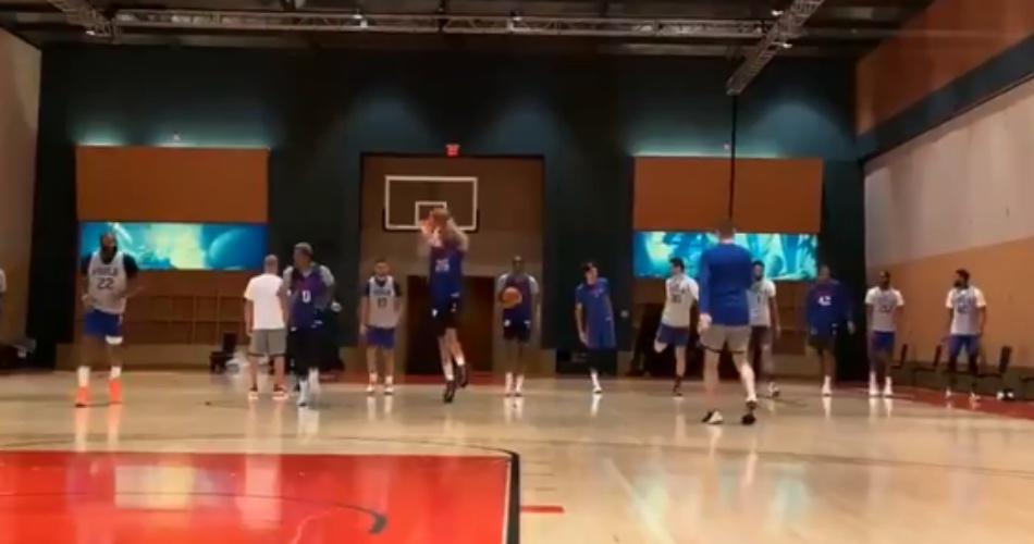 NBA: Από το κέντρο ο Σίμονς, με το… πόδι ο Ντόντσιτς (videos)