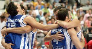 papaloukas_diamantidis_kakiouzis_hellas_slovenia_eurobasket2007