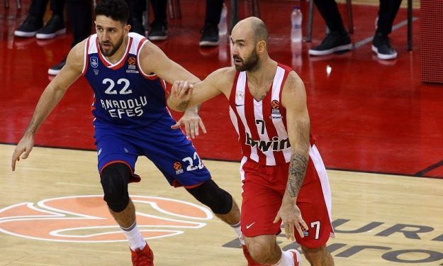 spanoulis_micic_olympiacos_efes